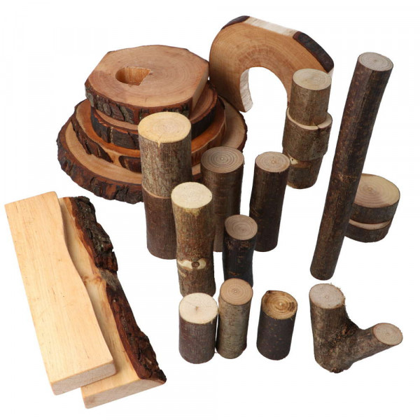 Baumklötze 22 eco-Blocks geölt mit Rinde Magic Wood